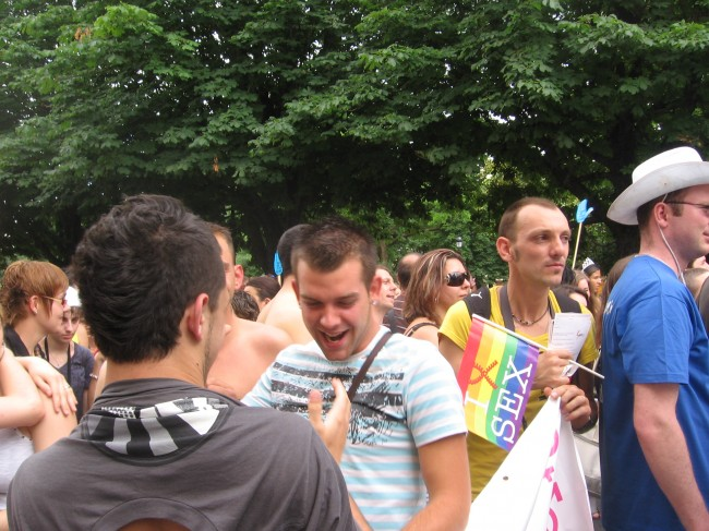 LESBIAN GAY PRIDE BORDEAUX 2010 083.jpg