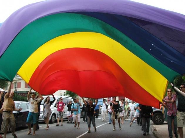 Gay pride 2012 2.jpg